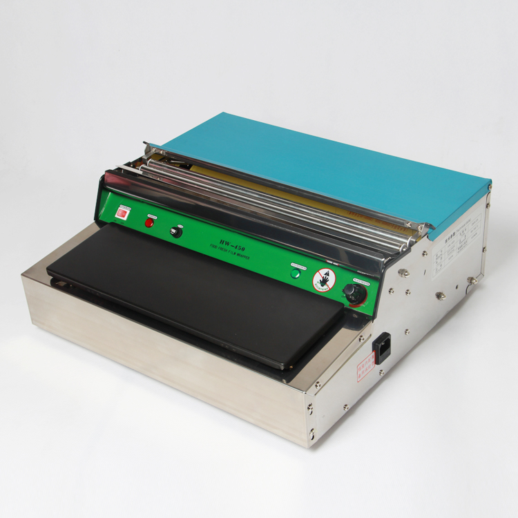 Cling film packaging machine